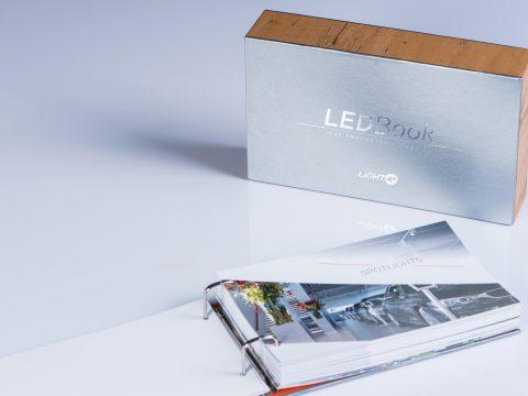 LEDBook Light4U